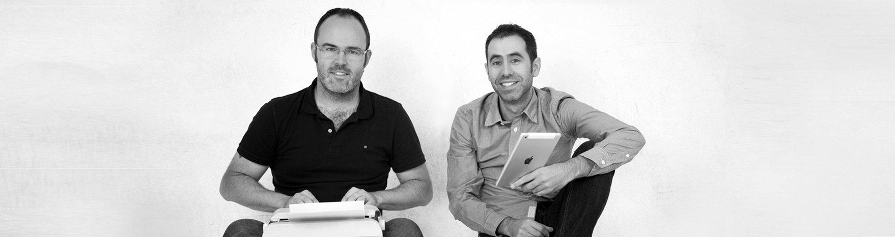 Fotografía blanco y negro de Leandro y David