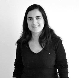 Rocío Castro Miró Marketing online SEO y ecommerce en Tres Tristes Tigres blanco y negro