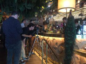 Restaurante amazónico interior cóctelería